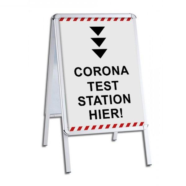"""infektionsschutz-bayern Kundenstopper / Patientenstopper """"Corona Test Station Hier!"""" - Pfeil nach unten"""