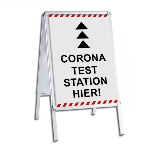 "infektionsschutz-bayern Kundenstopper / Patientenstopper ""Corona Test Station Hier!"""